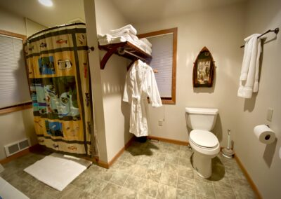 Westslope Suite Bath